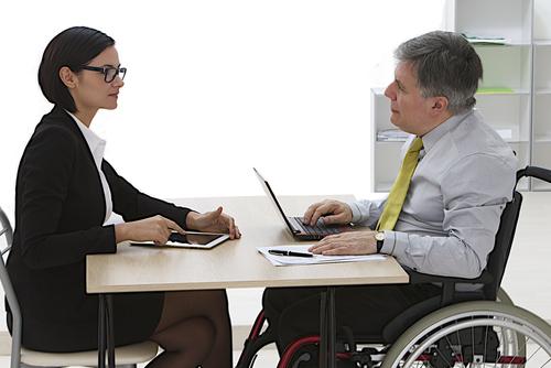Commercial - handicap - entretien